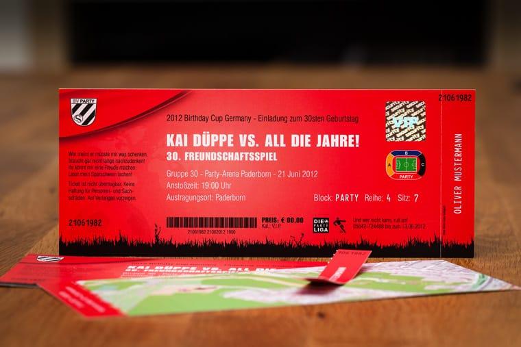 Die Fussball-Ticket-Einladungskarte